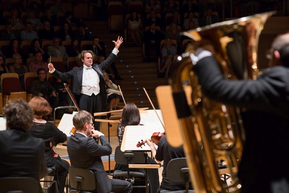 Lucyna-Lewandowska-filharmonia-dyrygent