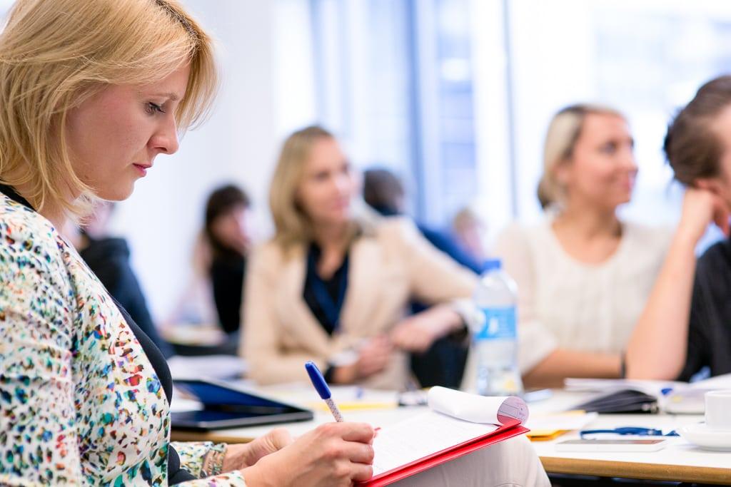 Lucyna-Lewandowska-zdjecia-na-konferencjach