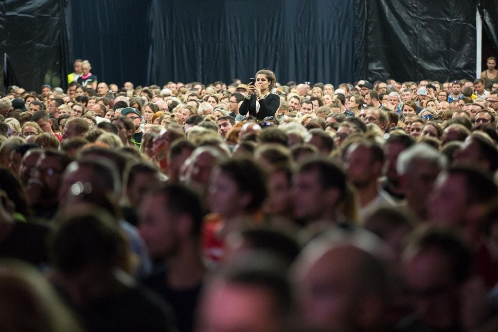 Festiwal Górski i tłum w namiocie